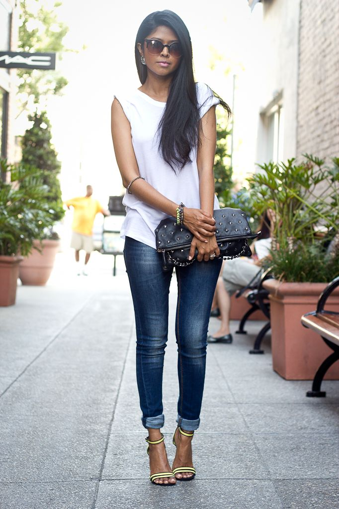 Silver Open Toe Shoes With Skinny Black Jeans