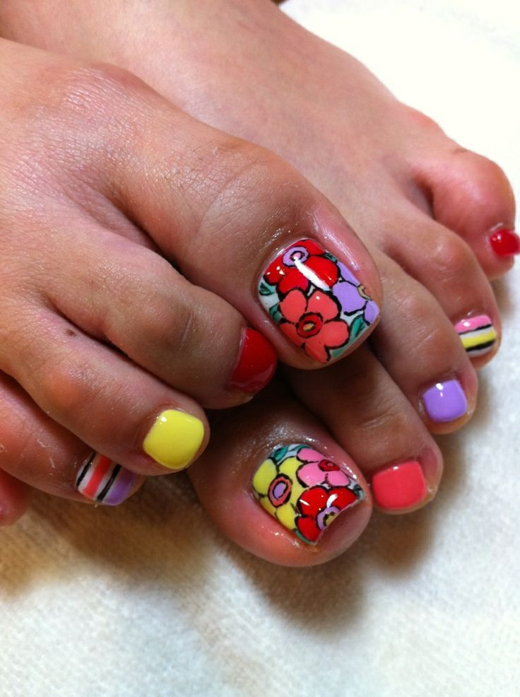 Floral Manicures For Spring And: 55 Cute Toe Nail Designs For Every Mood And Taste