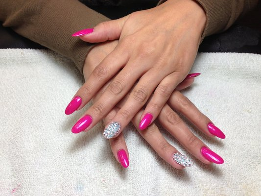 Hot pink acrylic nails fmag hot pink acrylic nails prinsesfo Choice Image