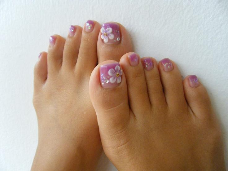 Ногти дизайн на ногах