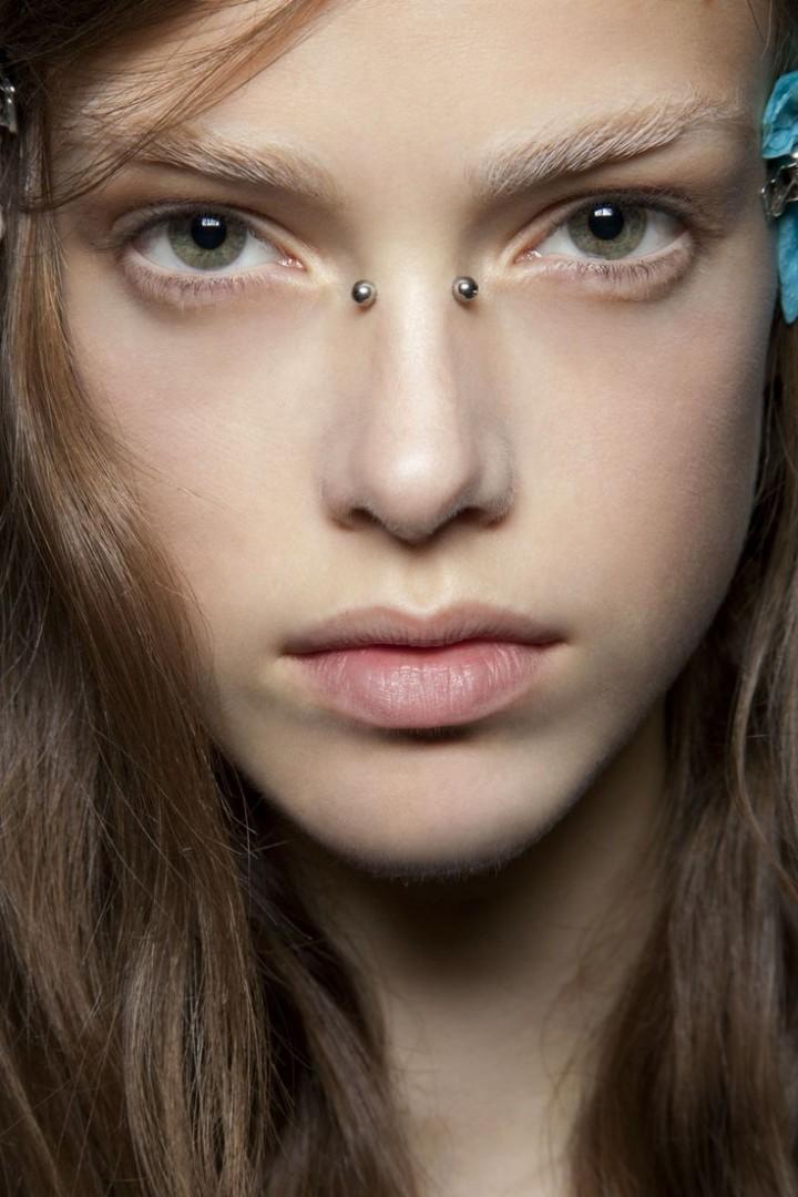 cute bridge nose piercing - FMag.com