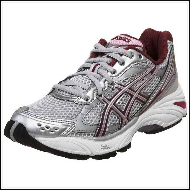 asics for flat feet