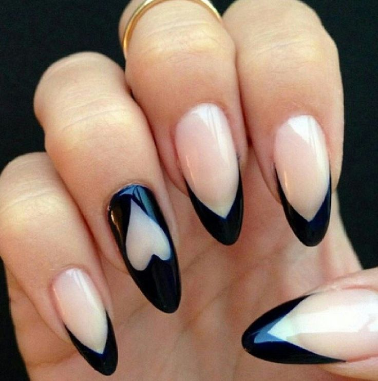 Френчи миндалевидных ногтей