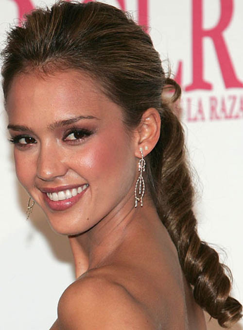 Jessica Albas Curled Ponytail Hairstyle Fmagcom