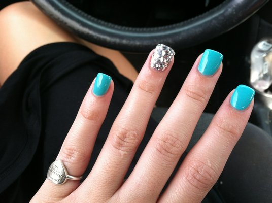 Accentuated Turquoise Acrylic Nails