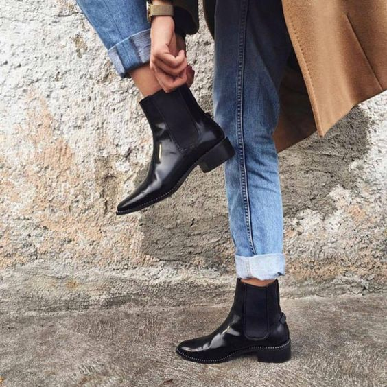 How To Wear Chelsea Boots For Women Best Style Guide