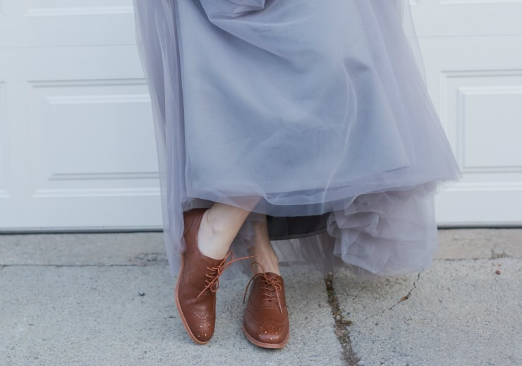 How to Wear Oxford Shoes for Women