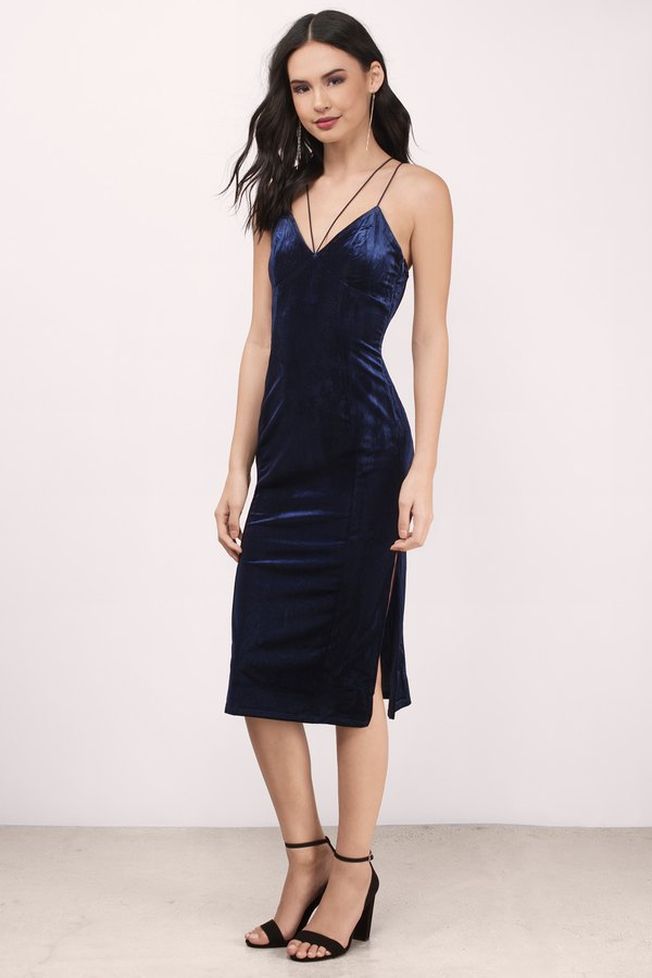 How to Wear Navy Blue Bodycon Dress: Top 15 Outfits