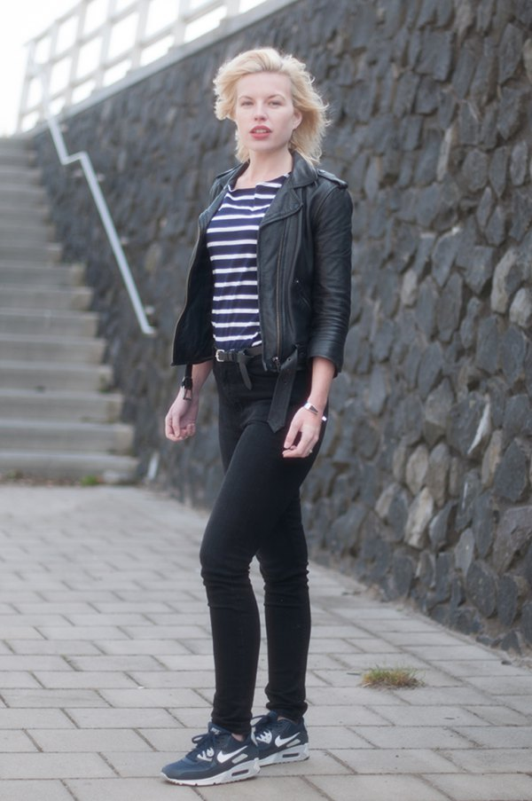 13 Navy Shoes Outfit Ideas for Women